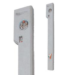 Poste de acometida subterráneo * Utilizado para la instalación de luz eléctrica * Medidas 5.40X19X13 cms * Hecho de concreto * Conexión aérea * Peso aproximado 110 kg